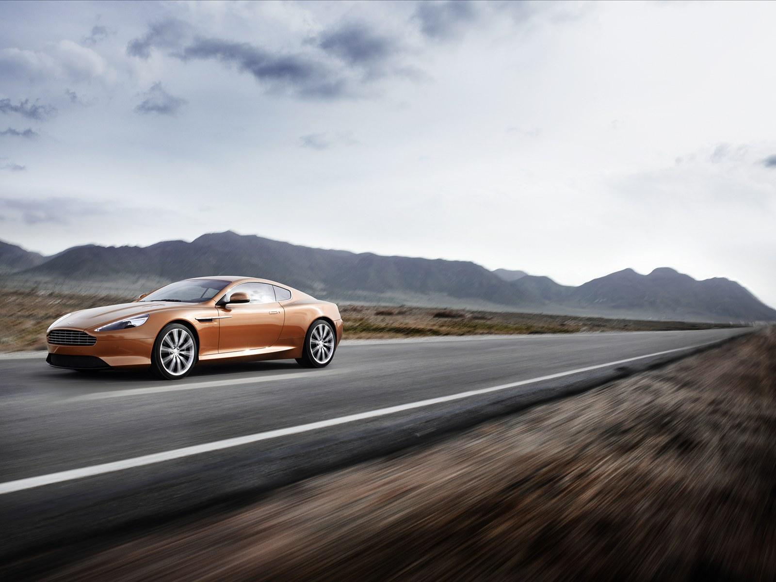 Aston Martin Virage 2011 Photo - 1