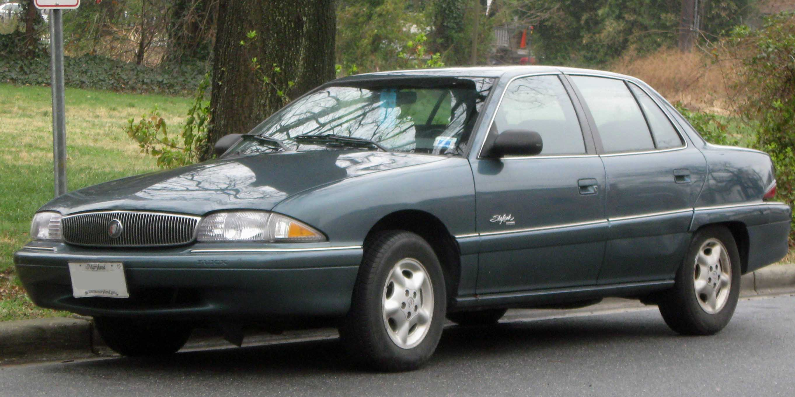 Buick Skylark 1994 Photo - 1