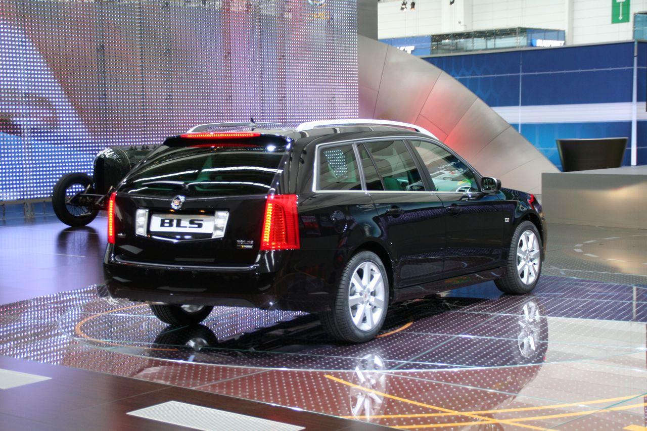 Cadillac BLS 2008 Photo - 1