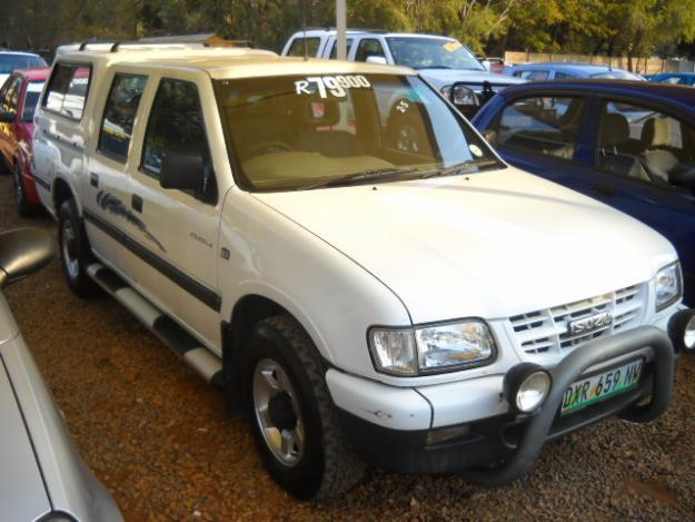 Isuzu KB 2002 Photo - 1