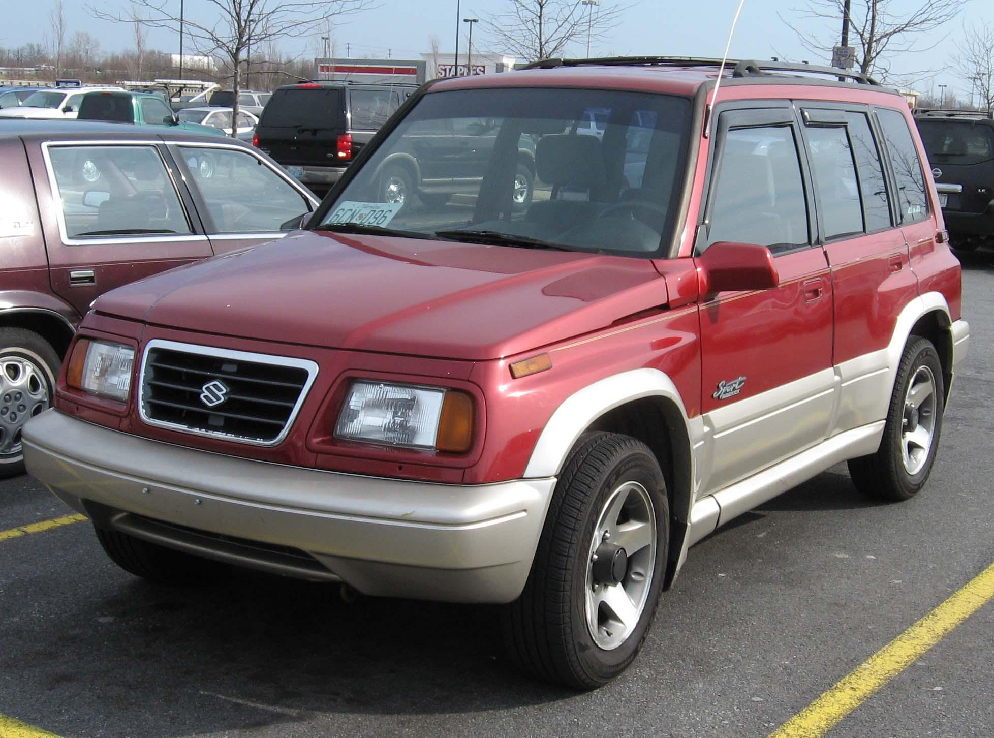 Suzuki Escudo 1994 Photo - 1
