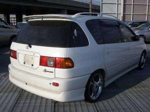 Toyota Ipsum 2011 Photo - 1