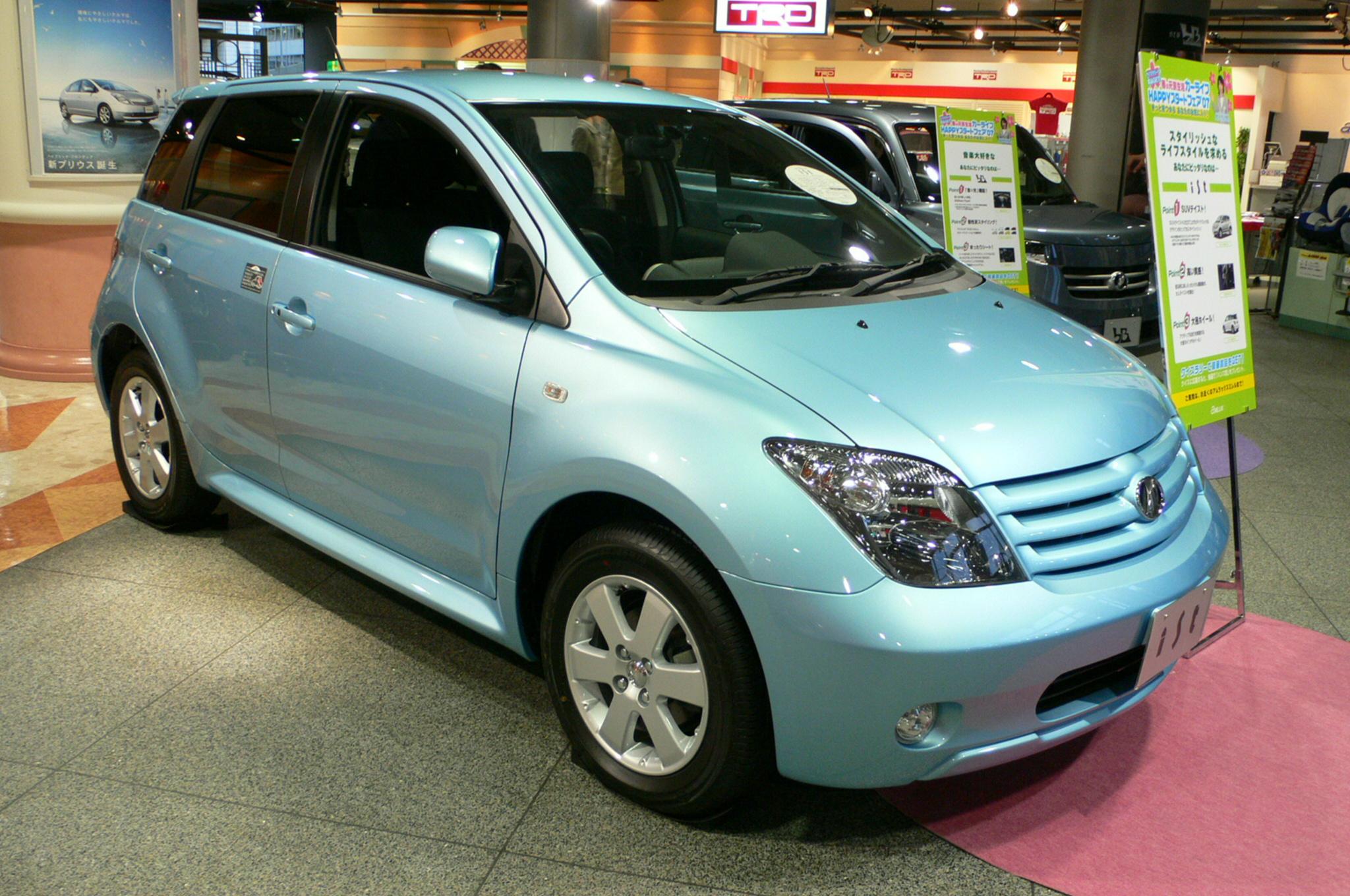 Toyota Ist 2014 Photo - 1