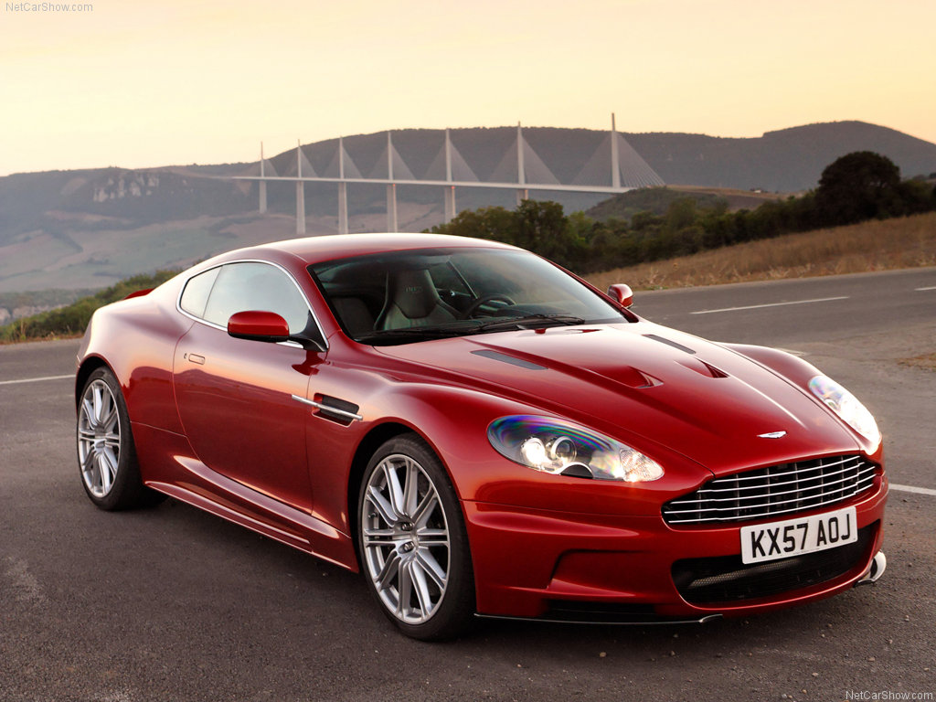 Aston Martin DB9 2011 photo - 2