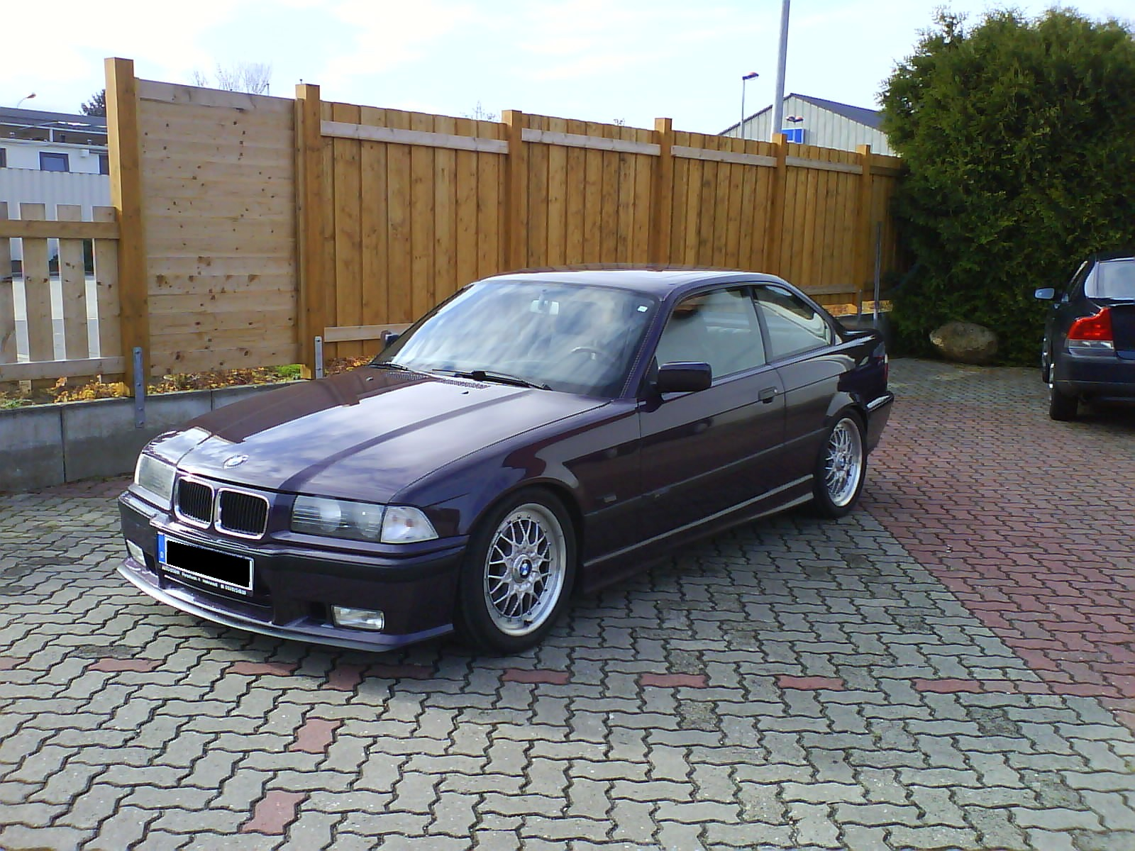 BMW 318iS 1990 photo - 5