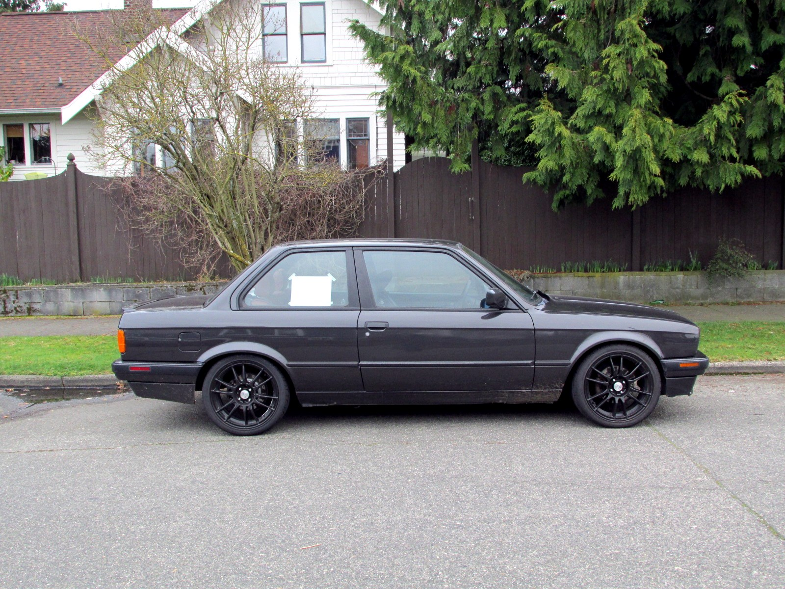 BMW 318iS 1991 photo - 4