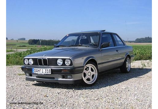 BMW 318iS 1992 photo - 4