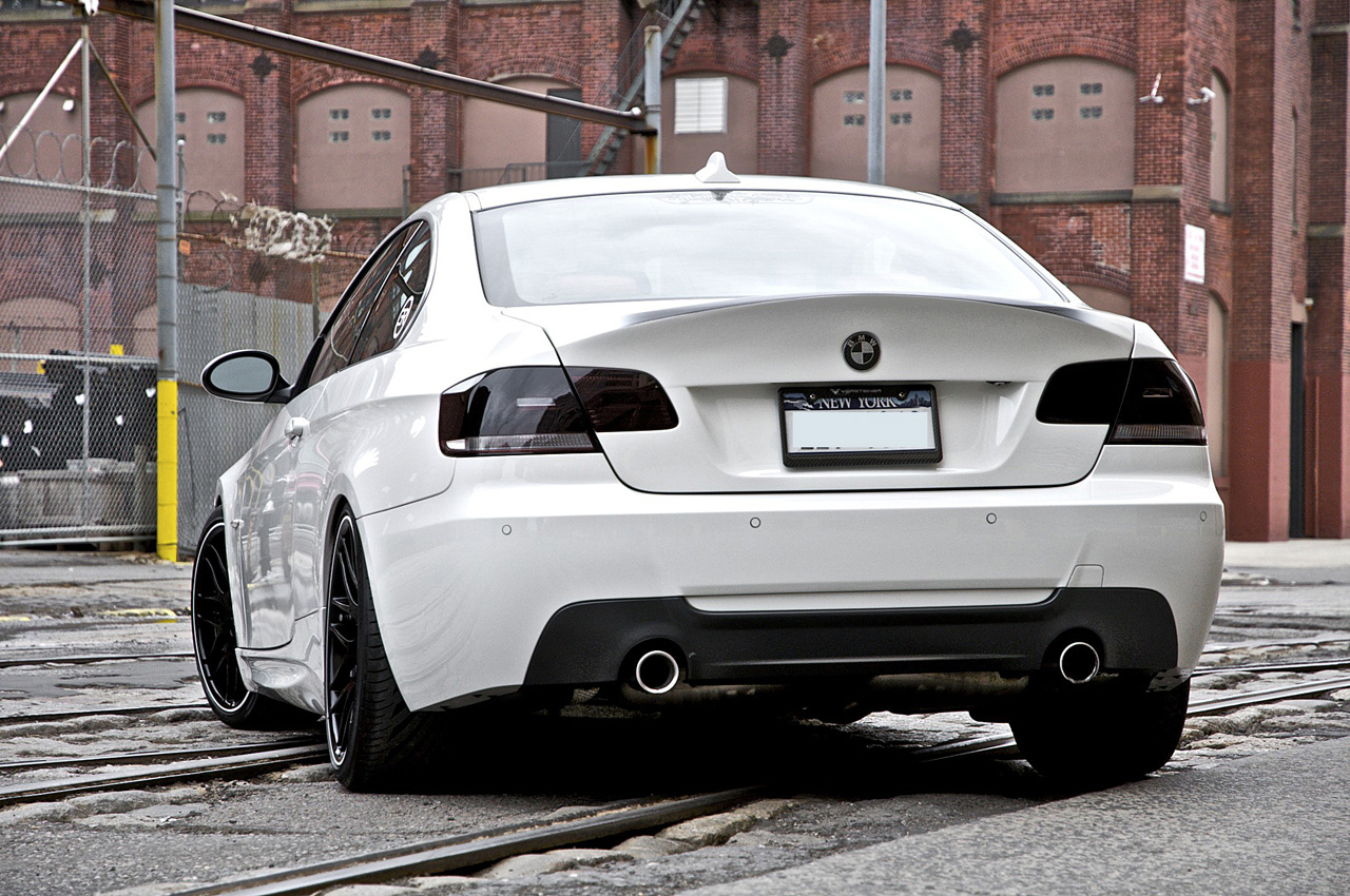BMW 328Xi 2014 photo - 4