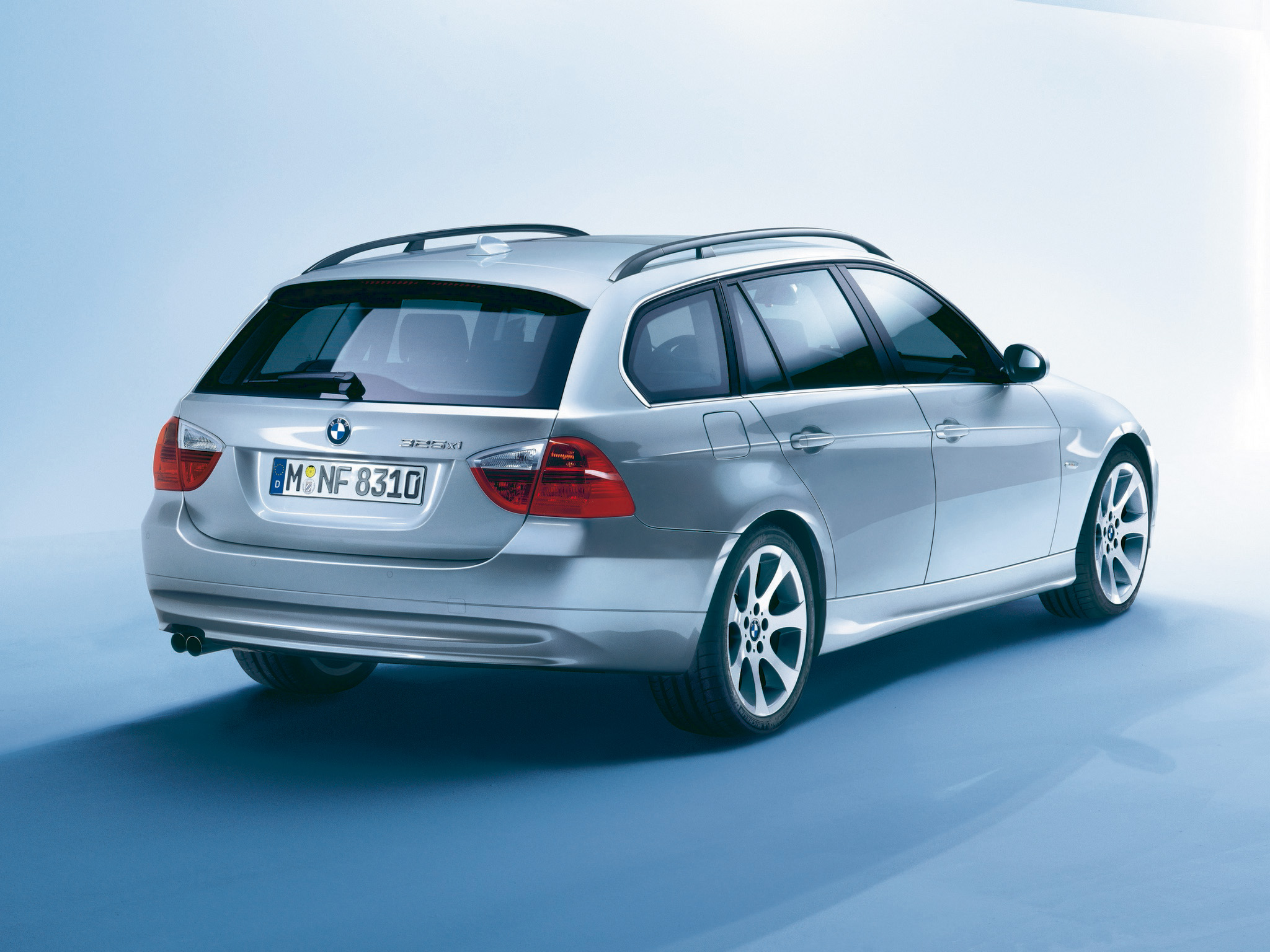 BMW Touring 2006 photo - 4