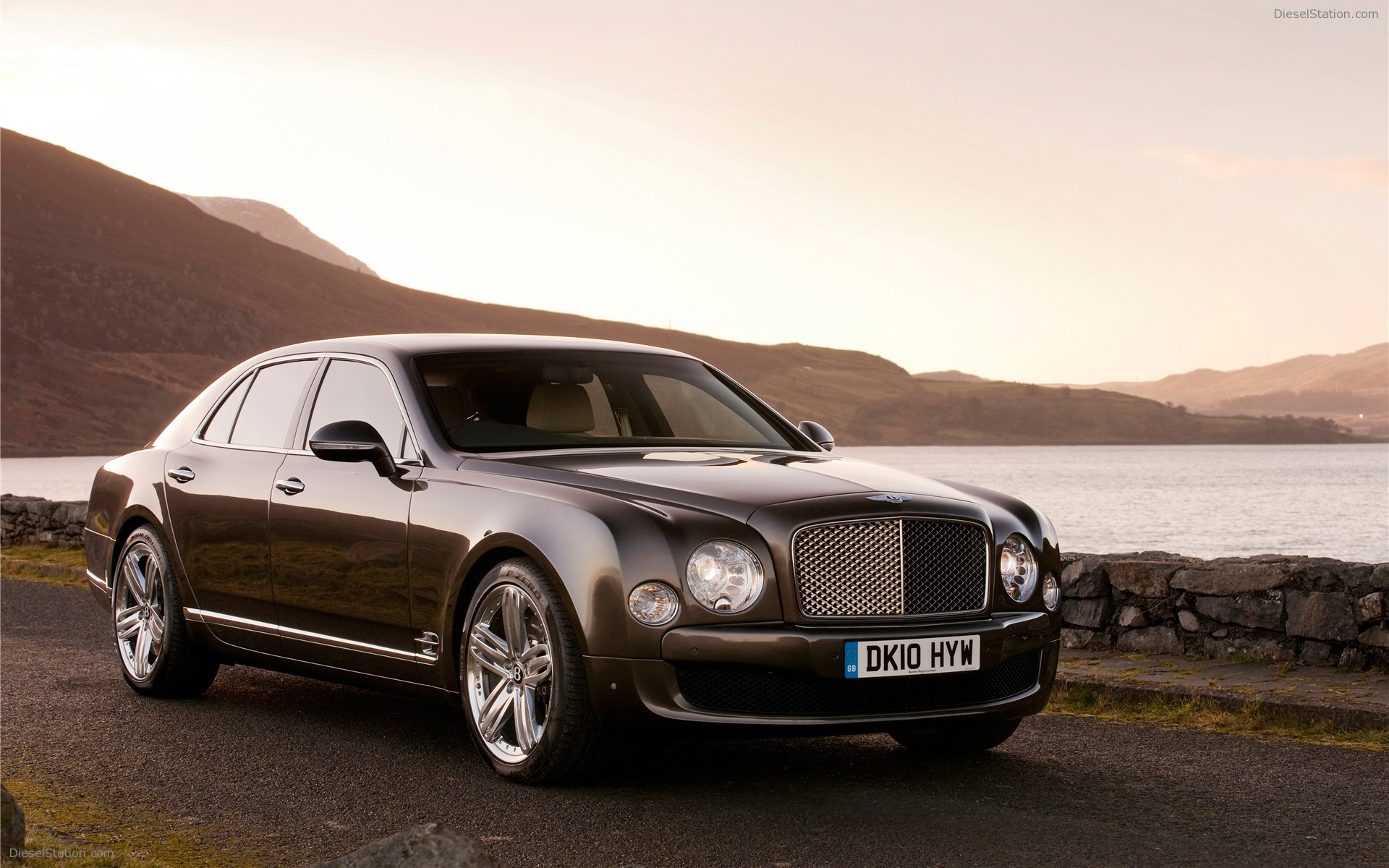 Bentley Mulsanne 2015 photo - 3