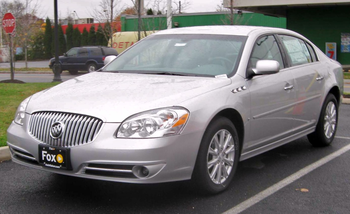 Buick Lucerne 2010 photo - 1