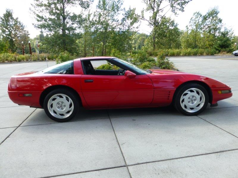 Chevrolet Corvette 1991 photo - 6