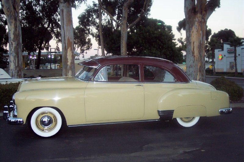 Chevrolet styleline 1951 photo - 3