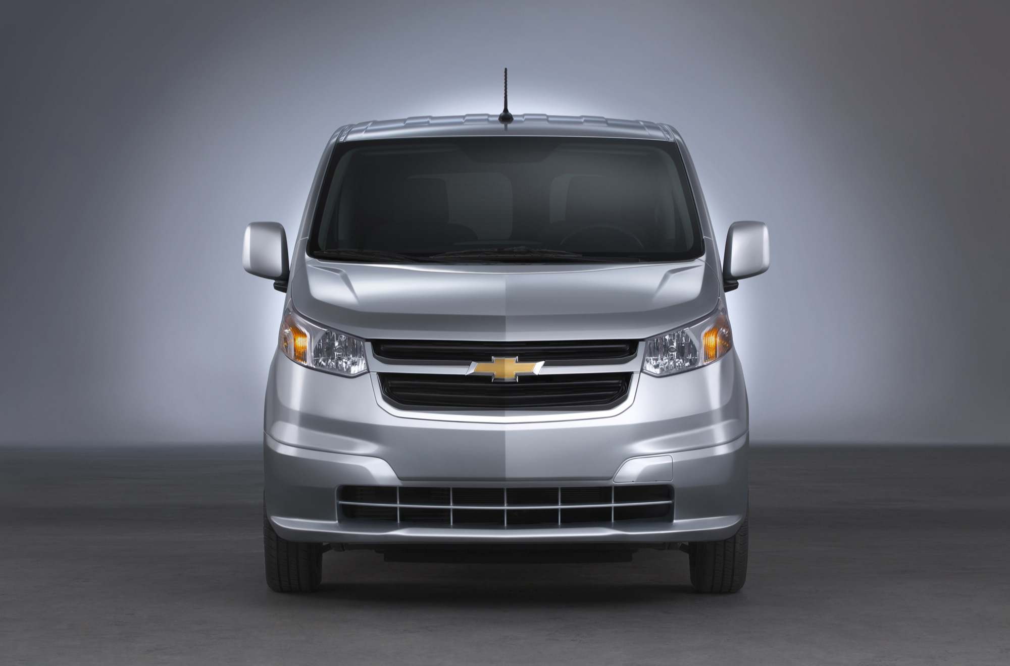 Chevrolet van 2015 photo - 1