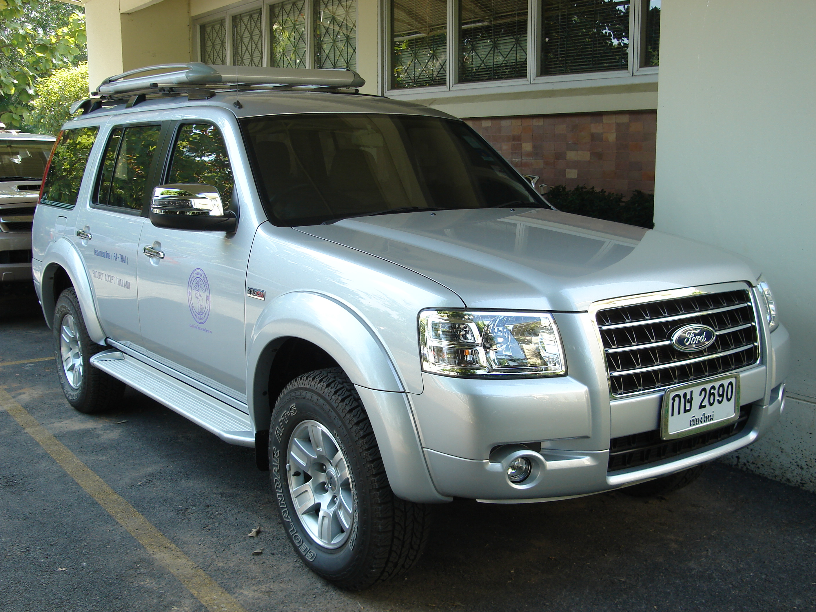 Ford everest 2000 photo - 2