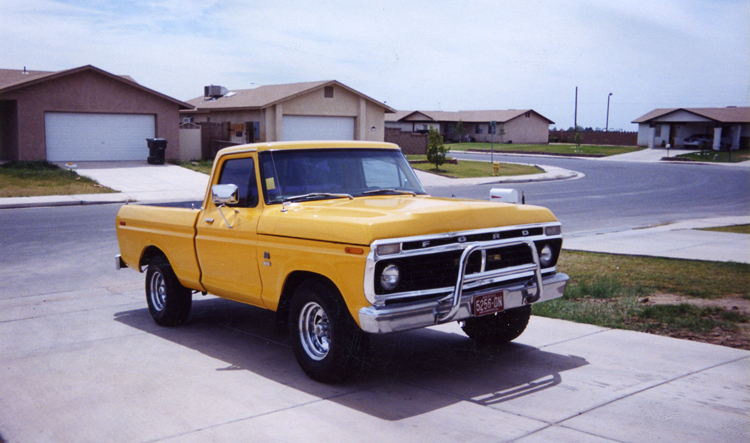 Ford F-100 1976 photo - 7