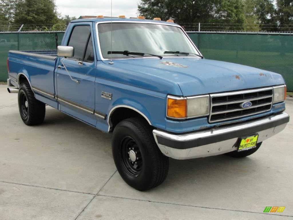 Ford f-250 1991 photo - 1