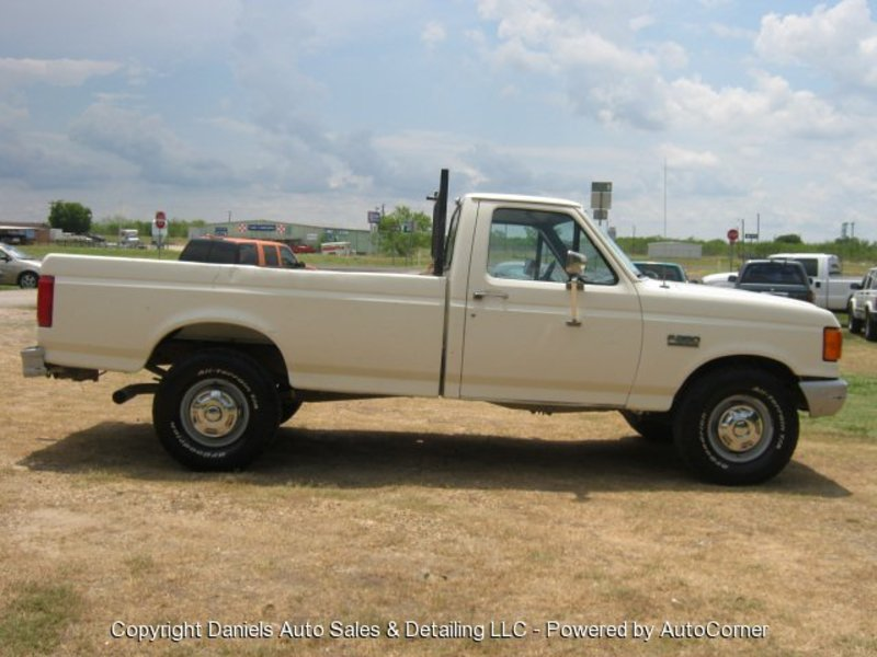 Ford f-250 1991 photo - 7