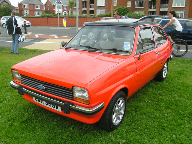 Ford Fiesta 1981 photo - 10