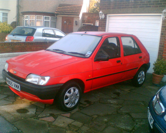 Ford fiesta 1994 photo - 3