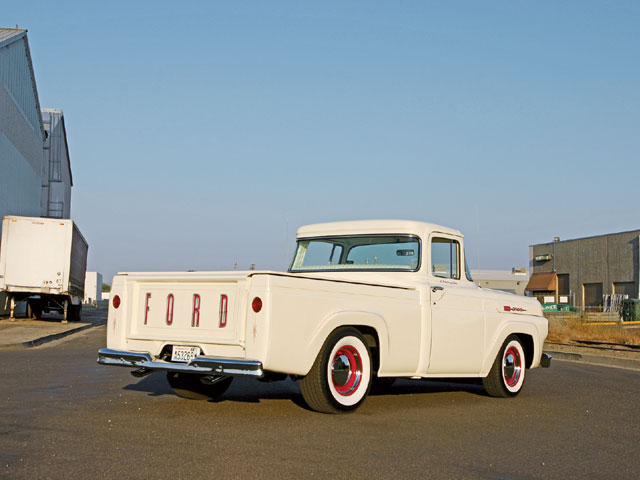 Ford Pickup 1960 photo - 3