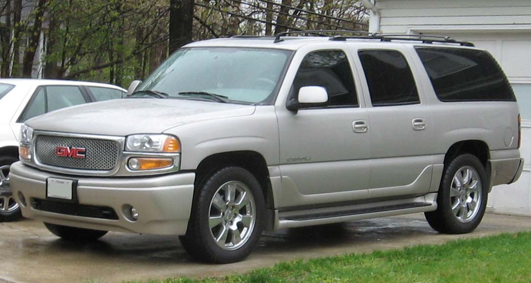 GMC Yukon 1995 photo - 1