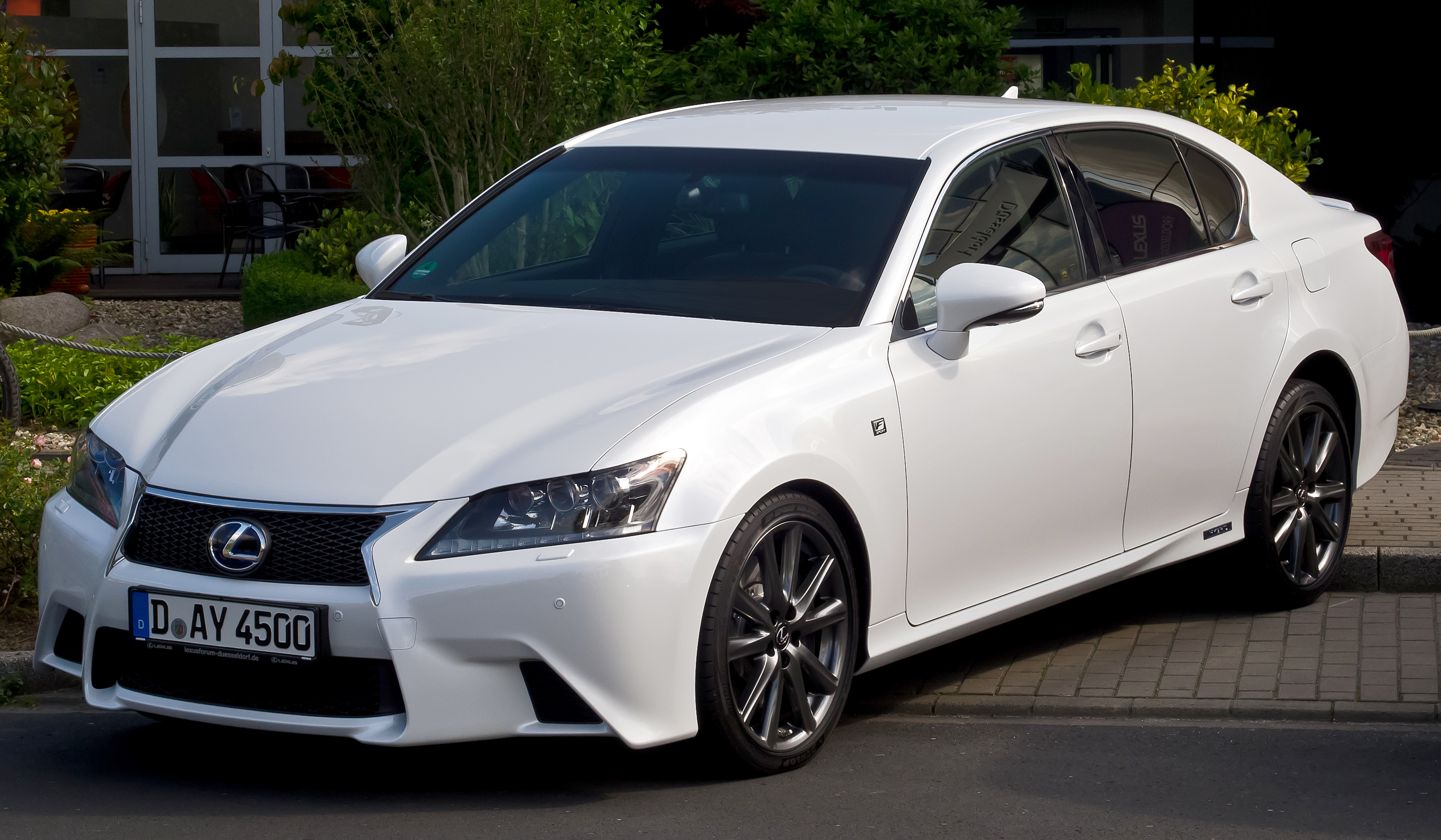Lexus GS 2012 photo - 1