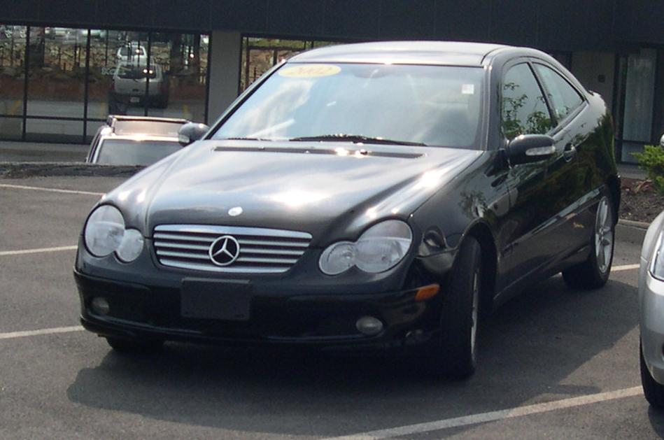 Mercedes Benz C 2002 photo - 2