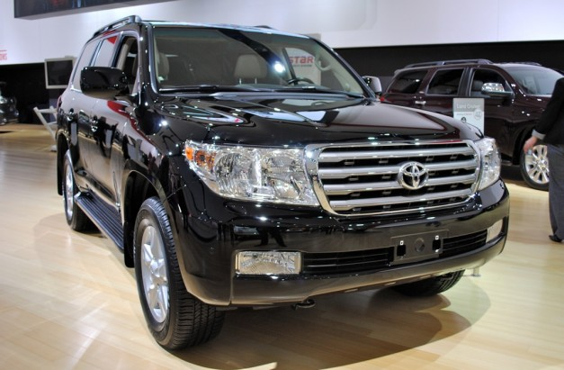Toyota Land Cruiser 2012 photo - 5