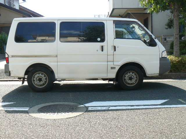 Mazda Bongo 2005 photo - 4